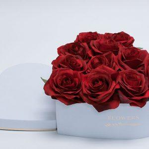 W9646 White Heart Shape Flower Boxes Set of 3
