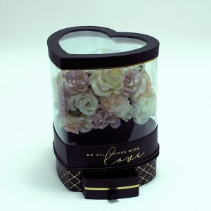 W6947 Rotatable Clear Heart Shape Flower Box with Black Lid and Base