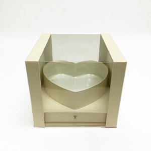 W7246 Ivory Clear Square PVC Flower Box With Heart Shape in the Middle