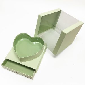 W7248 Light Green Clear Square PVC Flower Box With Heart Shape in the Middle