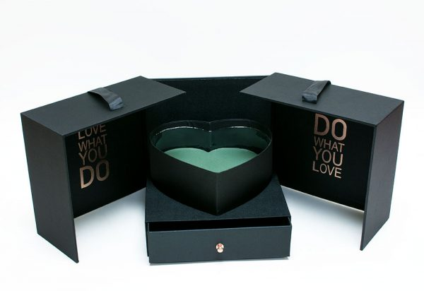 Black Square Flower Box With Heart Enclosed